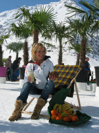 snow-bunny-with-fruit